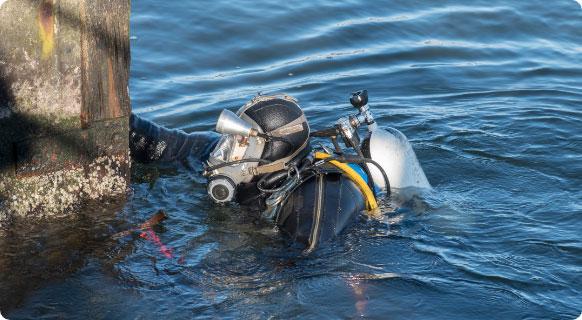 Hull Cleaning & Propeller Polishing